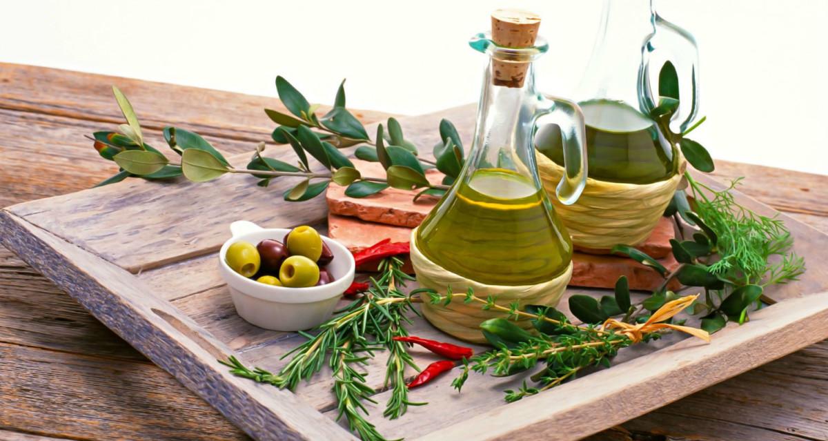 (Italiano) Olio extravergine di oliva biologico: 5 modi e ricette per gustarlo al meglio