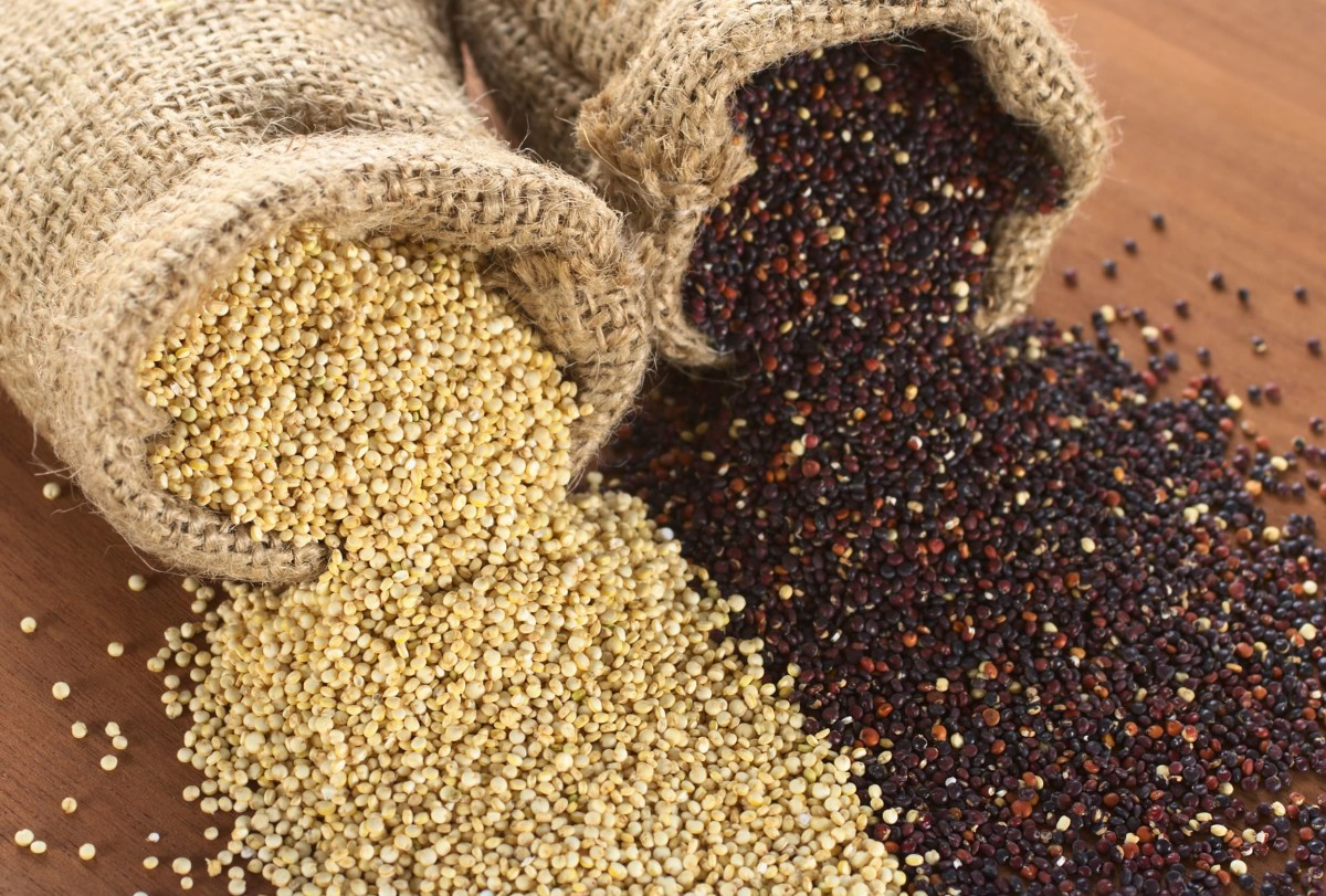 (Italiano) Bulgur e Quinoa con verdure sott'olio: ricetta un po' esotica e un po' locale